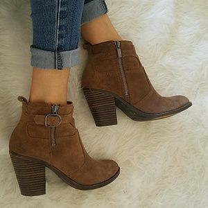 Lucky Brand Booties Sz 6
